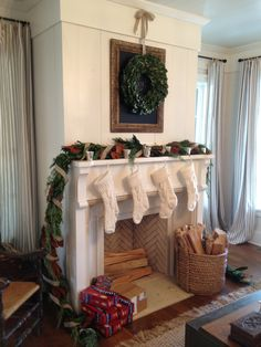 Southern Living Idea House Christmas & Christmas In July | Window Holidays and Decorating