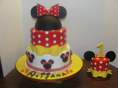 minnie mouse in yellow cakes | Minnie Mouse 1st birthday - by CherryBayCakery @ CakesDecor.com - cake ...