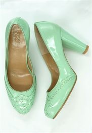 Kate Sylvester : KATE SYLVESTER #fashion #style #shoes
