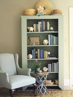 White+chair%2C+bookcase+web.jpg (396×526)