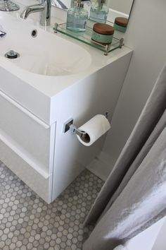 Bath room ikea godmorgon modern ideas for 2019 French Bathroom Decor, Small Bathroom Vanities, Rustic Bathrooms, Family Bathroom, Bathroom Kids, Bathroom Renos, Basement Bathroom, Kids Bath, Small Bathrooms