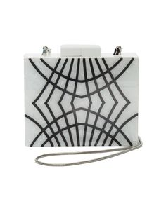 Trick or treat? Clutch Square Riscas Isla para completar o look de Halloween.
