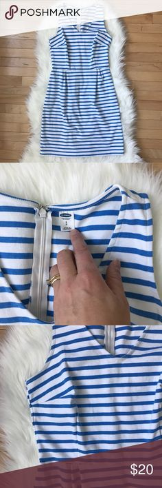 Old Navy Sleeveless Ponte Knit Stripe Dress Old Navy Sleeveless Ponte Knit Stripe Dress in excellent condition, only worn once. No stains or pilling. Super comfy and very flattering silhouette! Material has some stretch.  Offers welcome, no trades Old Navy Dresses Midi