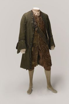 1740 costume reproduction