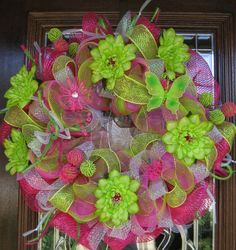Deco Mesh Pink and Green Spring Wreath Mesh Ribbon Wreaths, Deco Mesh Wreaths, Burlap Wreaths, Wreath Crafts, Diy Wreath, Wreath Ideas, Easter Wreaths, Holiday Wreaths, Holiday Decor