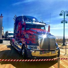 I've gotta say the guy who painted his truck to look like the one that #OptimusPrime disguises himself as in the #Transformers movies really outdid himself. #Autobots #Decepticons #MoreThanMeetsTheEye #Film #MichaelBay #Geek #AutobotsRollOut