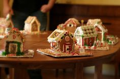 How to Throw a Gingerbread House Party : Oven Love