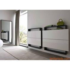 Hosoi-106 - Entrance furnitures in grayish brown, doors in cream colour