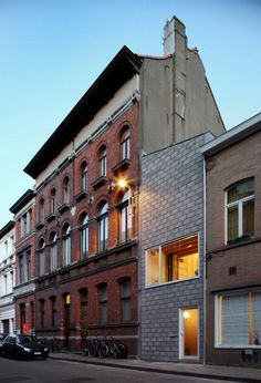 Clever Architecture Approach in Ghent, Belgium: House 12k