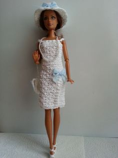 vêtement poupée mannequin Barbie (254)