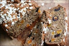 I have a bag of spelt flour and Ive been meaning to experiment more with vegan baking, so this Vegan Figgy Apricot Spelt Bread sounds perfect! Spelt Bread, Spelt Flour, Vegan Bread, Vegan Breakfast Recipes, Delicious Vegan Recipes, Tasty, Superfoods, Bread Alternatives, Clean Recipes