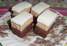 Gesztenyés-meggyes szelet Hungarian Desserts, Hungarian Cake, Hungarian Recipes, Krispie Treats, Rice Krispies, Tiramisu, Xmas, Christmas, Cooking