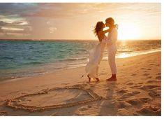 Beach Wedding Ideas : Be a Stunning Beach Bride on Your Own Beach Wedding Kim Rellin look! Wedding Fotos, Beach Wedding Photos, Beach Wedding Photography, Wedding Photoshoot, Beach Photos, Wedding Shoot, Wedding Pictures, Wedding Ideas, Wedding Beach