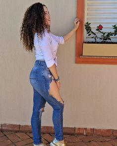 @lelyfiorentino_ Like A Lion, Pants, Fashion, Pictures, Trouser Pants, Moda, Fashion Styles, Women's Pants, Women Pants