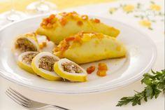 I calamari ripieni all'Andalusa sono un piatto tipico di Guadix, in Granada: la ricetta prevede l'uso della carne però è diffuso ripieno di pesce.