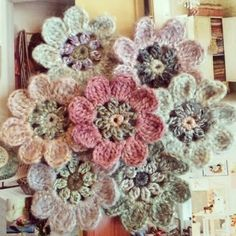 seidenfeins Blog vom schönen Landleben: 40 von 460 .... Häkelblüten für eine zauberhafte Decke * crochet flowers for a blanket of wonder (alice by day )
