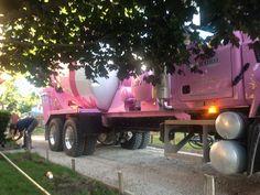 Concrete truck ! Mixer Truck, Concrete Contractor, Concrete Mixers, Sales, Heavy Equipment, Cement, Trucks, Construction, Plants