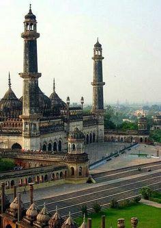 Asifi Mosque, India.