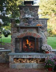 Rustic Outdoor Fireplace Design Ideas To Try Asap 44 Outdoor Rooms, Outdoor Gardens, Outdoor Living, Outdoor Decor, Outdoor Kitchens, Outdoor Cooking, Outdoor Life, Outdoor Oven, Rustic Outdoor Fireplaces