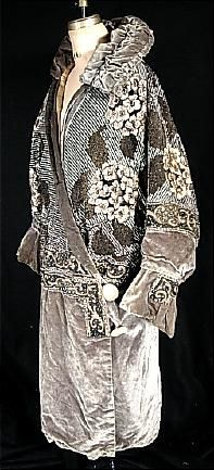 1925 LIBERTY & Co., London Phenomenonal Beaded Velvet Evening Coat
