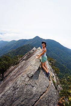 On top of the ridge at the Yuanzuei Mountai Trail, near Taichung, Taiwan