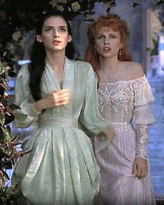 Bram Stokers Dracula Mina & Lucy