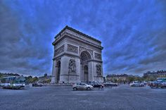 Twilight at the arc de Triomphe