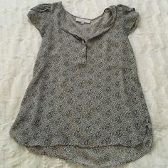 LOFT blouse Worn a handful of times, time to let go. XS but runs big. LOFT Tops Blouses