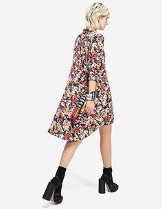 Sukienka koszulowa z nadrukiem - Sukienki | Stradivarius Polska - Winter Sale
