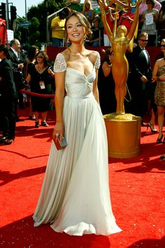 Olivia Wilde gorgeous and vegan!!! She's got my support!