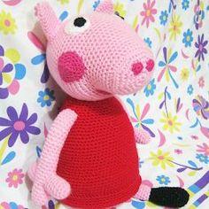 Peppa Pig Amigurumi, Cactus Amigurumi, Pep Pig, George Pig, Amigurumi Tutorial, Crochet Dolls, Winnie The Pooh, Free Pattern, Dinosaur Stuffed Animal