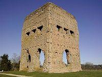 Autun - Saône et Loire - Temple Janus angle