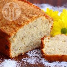 Easy banana cake Was amazing! Baked on 160 fan for in the end. Added sultanas, pecans and held tsp of mixed spice. Cake Recipes Uk, Banana Bread Recipes, Recipe For Banana Cake, Sweet Recipes, Yummy Recipes, Cookie Recipes, Recipies, Pistachio Cake, Bowl Cake