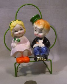 Vintage  Metal Shamrock Frame W/Irish Couple S&P Shakers