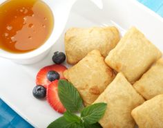 Recipes Sopapillas with Maseca® Vegan used coconut oil and coconut milk - delish!fried them on Lard though ; Lactose Free Milk, Dairy Free, Gluten Free, Maseca Recipes, Sweet Desserts, Delicious Desserts, Sopapilla Recipe, Mexican Food Recipes, Dessert Recipes
