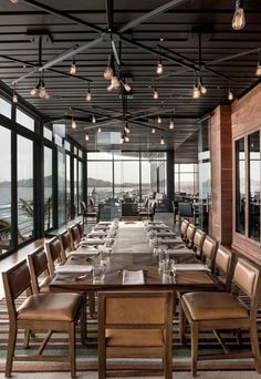Get some industrial-chic dining room inspo from the Manta restaurant in Los Cabos.