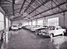 Simca Vehicles, Garage, Motorbikes, Carport Garage, Car, Garages, Car Garage, Carriage House, Vehicle