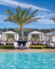 In a city where everyone has a concept in development it's brilliant to check into a hotel that has only one focus – you. The London West Hollywood brings you smooth glamour, luxuriously large open floor-plan suites, exquisite food and drink by West Hollywood Hotels, Hollywood California, Booking Sites, Rooftop Pool, Hotel Pool, Vacation Resorts, Best Hotels, Amazing Hotels, Cool Pools