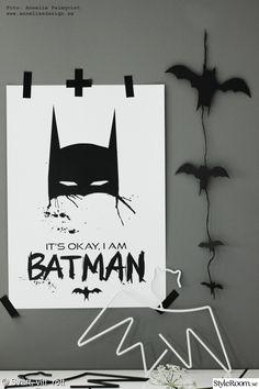 barnrum,svart och vitt,grått,hängare,tavla I Am Batman, Thor, Monochrome, Kids Room, Diy, Paintings, Design, Home Decor, Room Kids