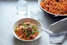 Kublanka vaří doma - Špagety s kuřecími kuličkami