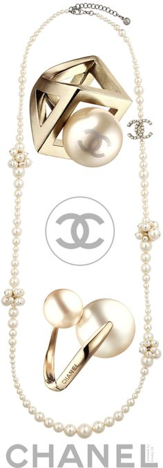 Emmy DE * #chanel rings and necklace #pearls