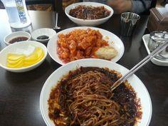 오늘의 점심, 잘 비벼진 짜장면과 칠리탕수육!