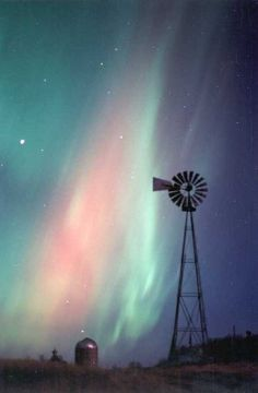 Google Image Result for http://www.spaceweather.com/aurora/images/28oct01/Anderson4.jpg