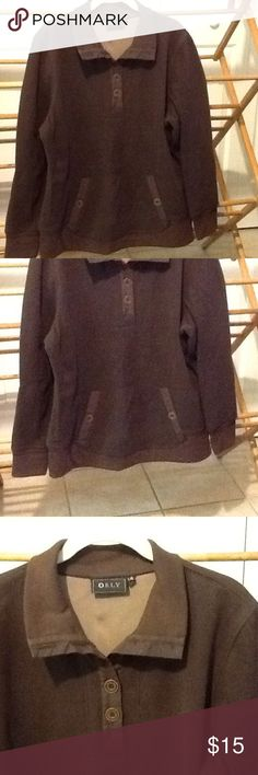 """Brown Size Large Women's Warm Top Warm and soft size large top. Polyester and spandex. In good condition. Front pouch pockets. 40"""" bust, 40"""" waist, 44"""" hips, 26""""long. Orly Tops Sweatshirts & Hoodies"""