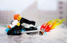 LEGO Ultra Agents - The Riverside Raid - Max Burns Superman