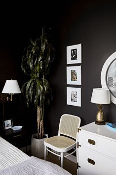 Vintage Decor Ideas Modern NYC Apartment Tour - How to Blend With Your S. - See how one designer effortlessly blended her personal style with that of her boyfriend's—all in one sleek, modern building in New York City's Financial District. Painted Bedroom Furniture, Home Furniture, Kitchen Furniture, Furniture Design, Furniture Buyers, Dark Furniture, Classic Furniture, Furniture Layout, Furniture Companies