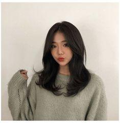 Bangs With Medium Hair, Cute Hairstyles For Medium Hair, Medium Hair Cuts, Medium Hair Styles, Curly Hair Styles, Korean Hairstyles, Middle Length Hairstyles, Korean Hairstyle Bangs, Medium Black Hair