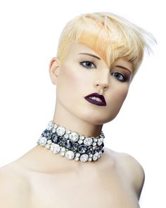 Large image of Short Blonde straight hairstyles provided by Westrow Hairdressing. Picture Number 22082