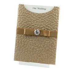 Invitaciones de boda elegantes en dorado con lazo y brillantes