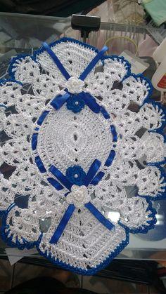 Study In Circles Crochet Motif Table Runner Pattern Crochet Home, Love Crochet, Crochet Crafts, Crochet Flowers, Crochet Projects, Knit Crochet, Crochet Motifs, Crochet Diagram, Crochet Squares